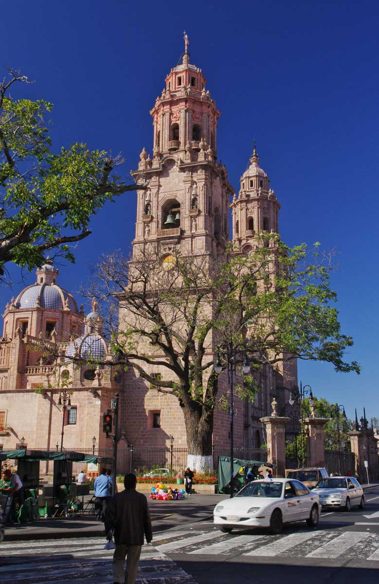 Morelia's Cathedral is famous for its pink stone and this photo brings it out well.