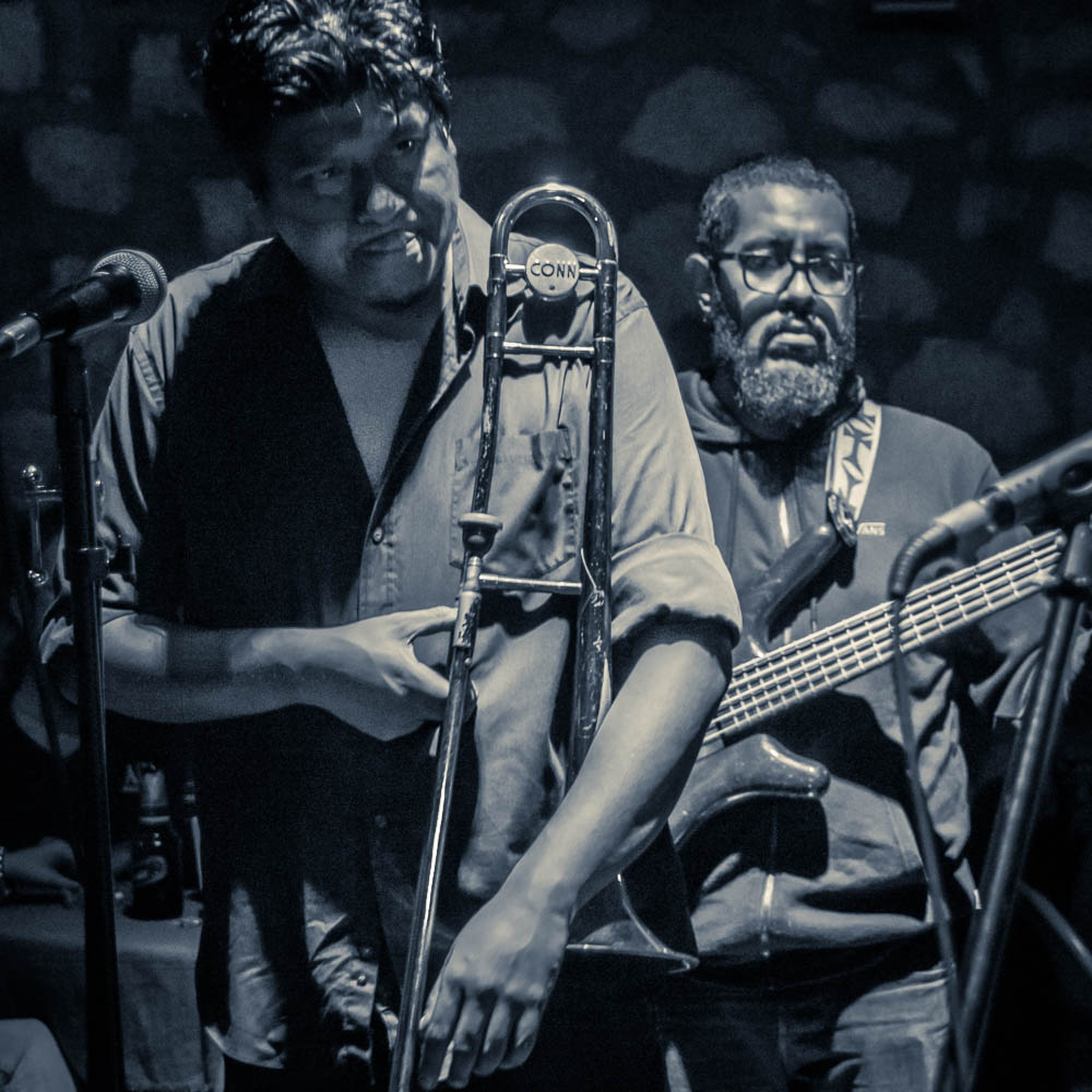 Amati Jazz Club: JC Cortez Blues Band: Irepan Rojas - Trombone, Jonathan Macotela - Bass, Roger Vargas - Drums, Juan Carlos Cortez - Guitar and Voice
