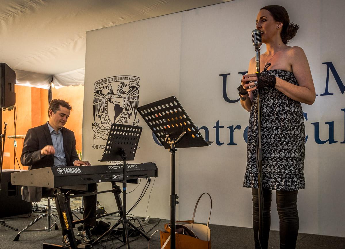 Jazz en la UNAM: Alex Mercado - piano, Lousie Phelan - voice