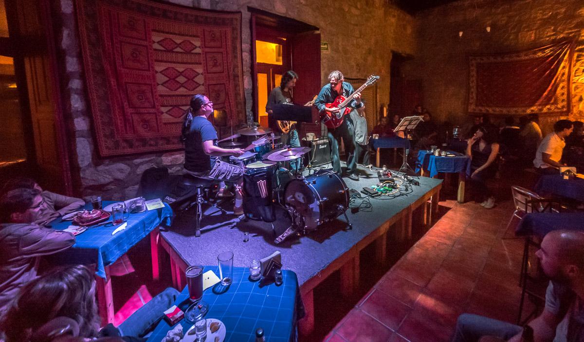 Patch Phunk Trio: Franco Lugo Monreal - Guitar, Guille Pacheco - Drums, Ignacio Queirolo - Bass, with Víctor Cuimburin Prospero - Trumpet