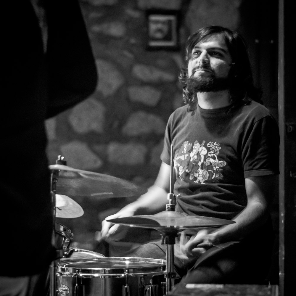 Kingsmith - Juan Manuel Ayala - bajo, Erik Kasten - guitarra,Omar Ramírez O - hammond, Trino Gonzales - batería